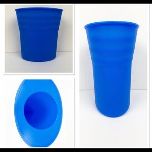 New ! Tupperware impressions or wine cooler